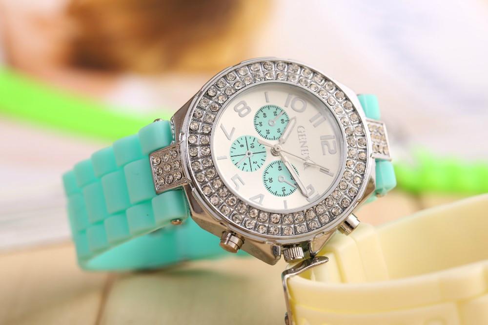 Часы женские GENEVA CRISTIS mint