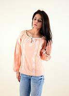 Традиционная женская блуза вышиванка выполнена в современном  стиле