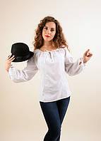 Изумительная штапельная блуза белого цвета с этнической вышивкой