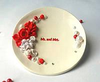 Свадебное блюдце под обручальные кольца (3) (бело-красная)