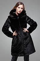Модная зимняя шуба с длинным рукавом  капюшен декорирован брошью