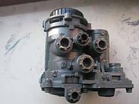 Кран управления тормозами прицепа 4802040020 DAF. Разборка.