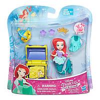 Игровой набор Hasbro маленькая кукла Принцесса Ариель с аксессуарами (B5334)