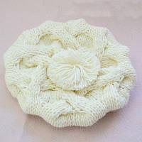 Модная женская зимняя вязанная шапка берет с помпоном кремового цвета
