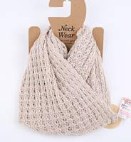 Стильный теплый женский шарф-хомут снуд бежевого цвета
