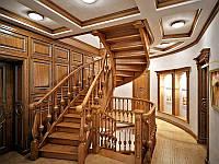 Лестница массив