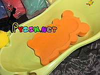 Матрасик для купания в детскую ванночку (с двумя мочалками) оранжевый