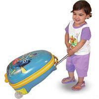 Детский чемодан на колесах для путешествий