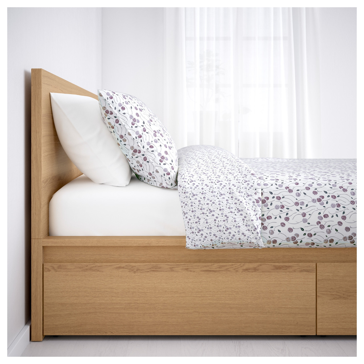 Каркас кровати IKEA MALM 140x200 см 4 ящика дубовый шпон  белый Leirsund 391.754.28
