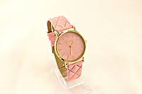 Женские часы Geneva  Розовые,ремешок узор ромб, в Одессе