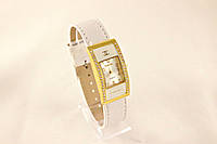 Женские часы CHANEL белые классические украшены камнями (копия)