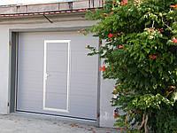 Ворота гаражные  секционные Alutech