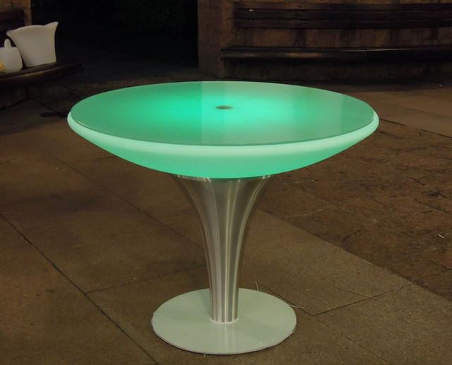 светящаяся мебель стол.