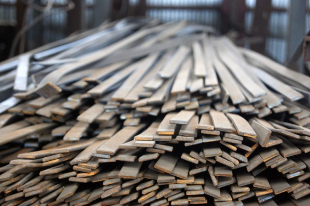 Полоса стальная 40х4 мм гарячекатаная конструкционная