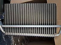 Испаритель кондиционера DAF даф XF95-105 BEHR 1690708 радиатор