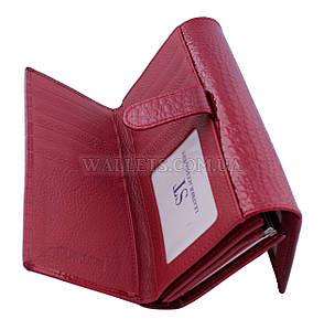 Женский кожаный кошелек ST, красный, лак, со встроенной визитницей.