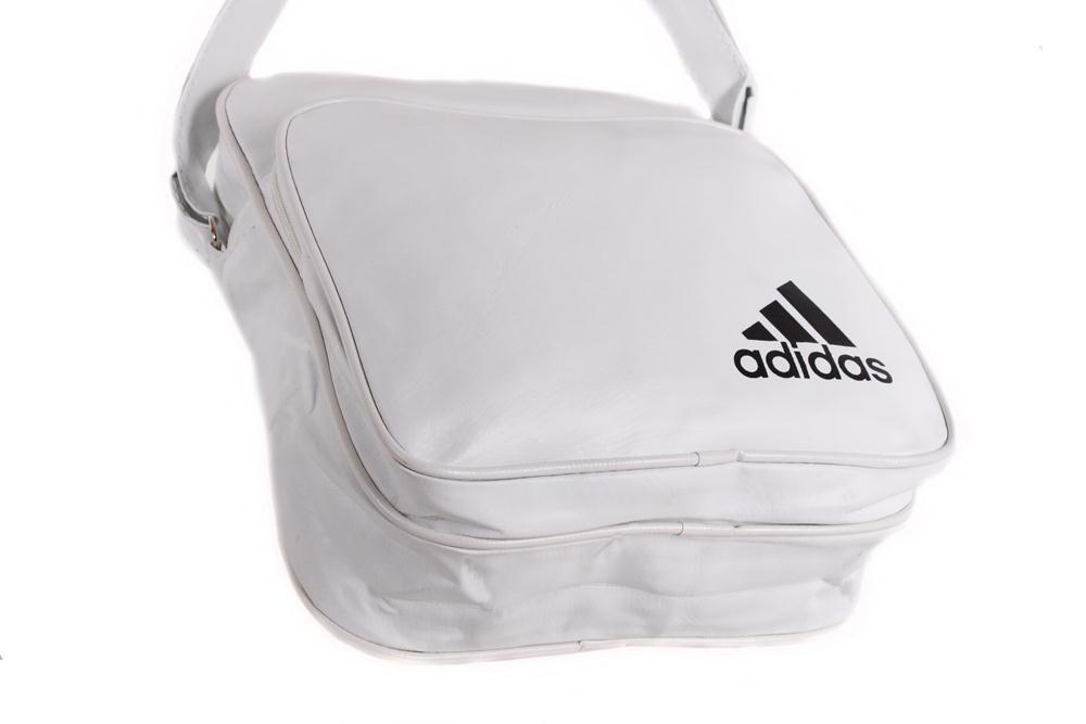 ff8e31b0ba36 Спортивная сумка Adidas через плечо белая: 13 $ - Сумки Киев ...