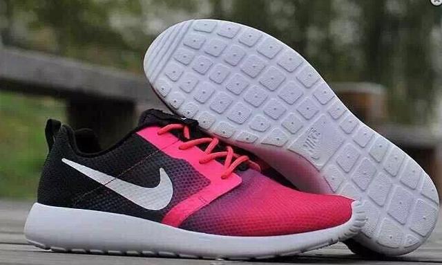 Женские кроссовки Nike Roshe Run low (black/pink) - 22Z оригинал