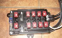Блок предохранителей 37AD-22024