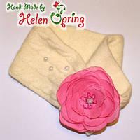 Теплая ангоровая повязка с Розой и жемчужными бусинами