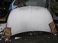 Mitsubishi Grandis капот