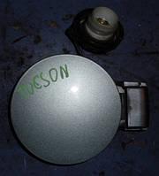 Лючок бензобакаHyundaiTucson2004-200969510-2E000, 695102E000