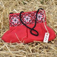 Красный клатч с вышивкой для девочки