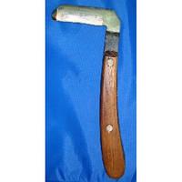 Нож для копыт левый
