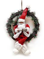 Новогодний декор венок 50 см с игрушкой Санта