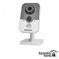 IP-видеокамера HIKVISION DS-2CD2410F-IW (4 мм)