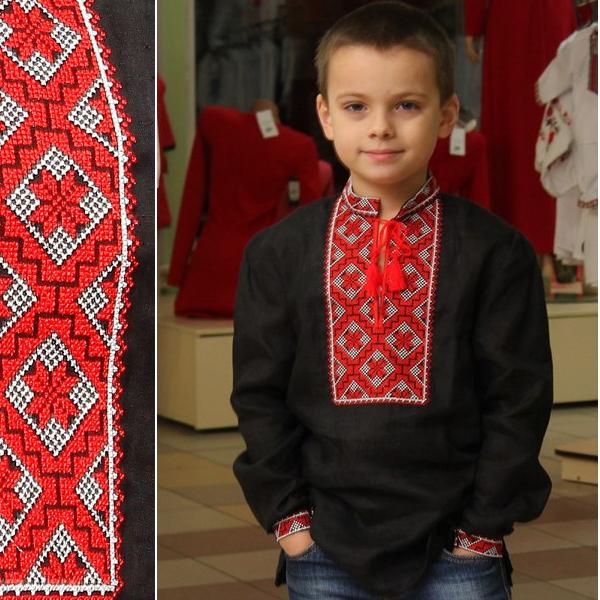 Вышиванка детская для мальчика черный лен, с вышивкой хрестиком