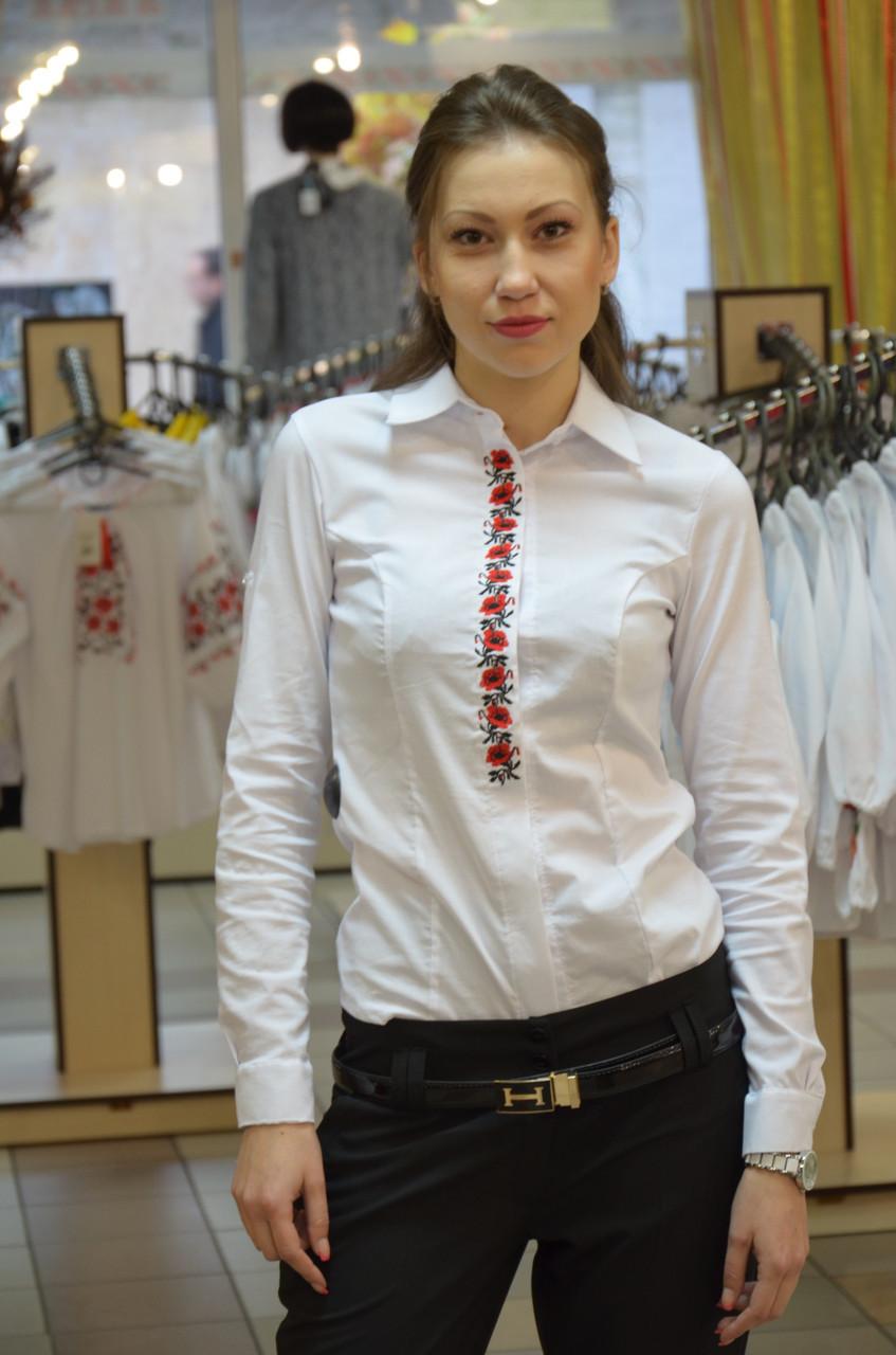 Офисная блуза с вышивкой