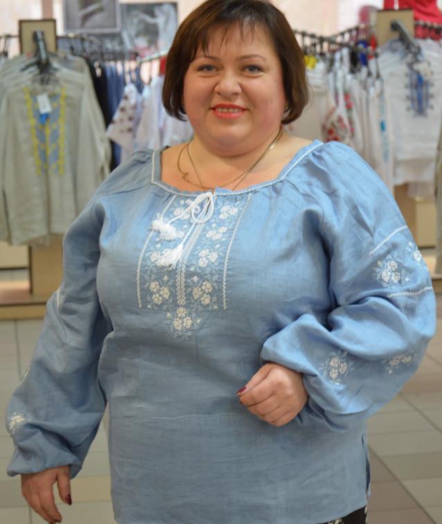 Женская вышиванка большого размера (голубой лен)