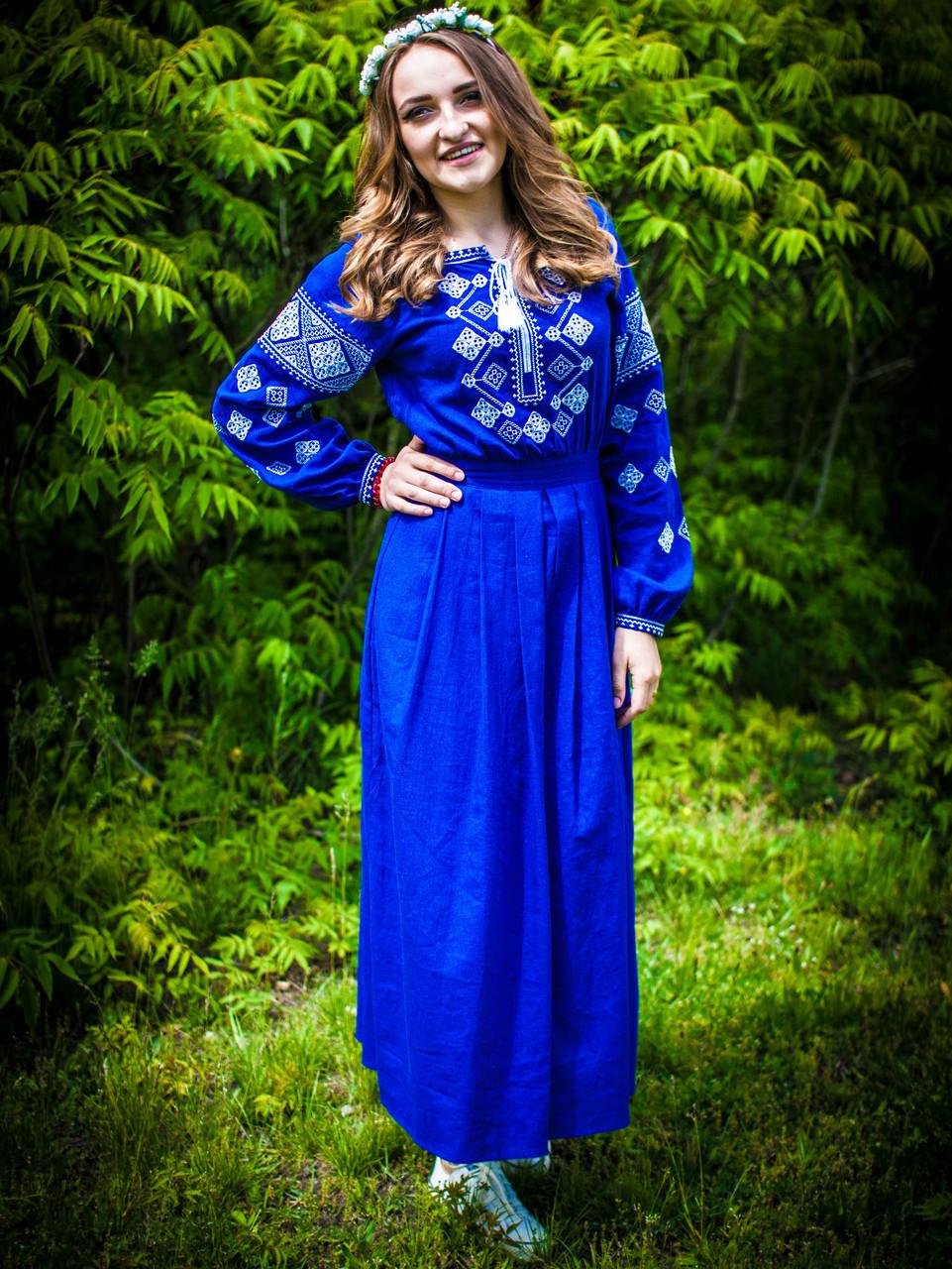 Вишите льняне плаття в підлогу (синій электрик)