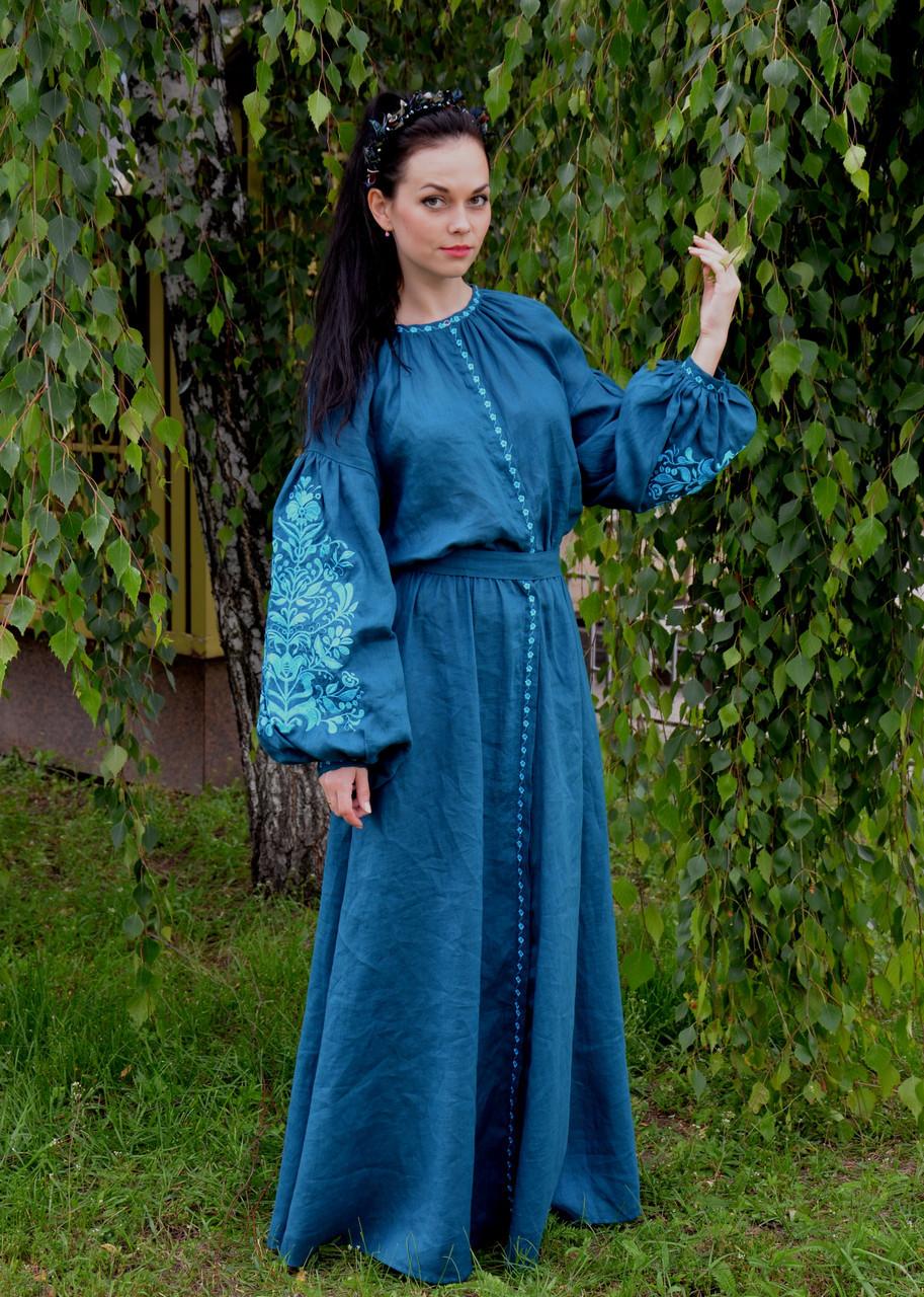 Длинное платье из бирюзового льна с вышивкой Дерево жизни