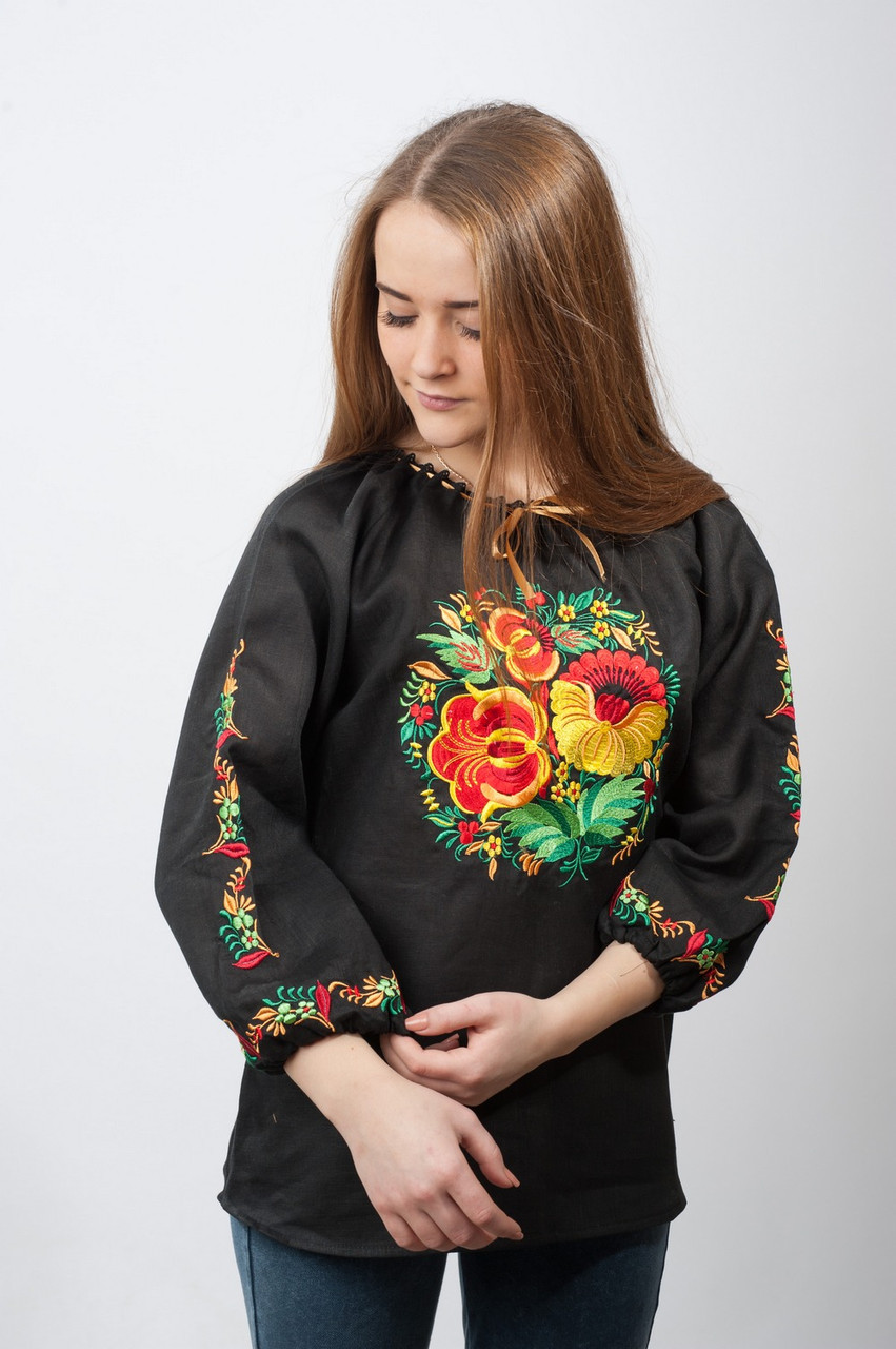 Женская черная вышиванка Петриковка из черного льна