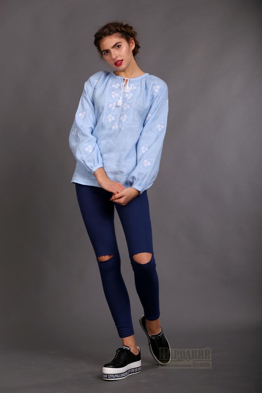Жіноча вишиванка з блакитного льону