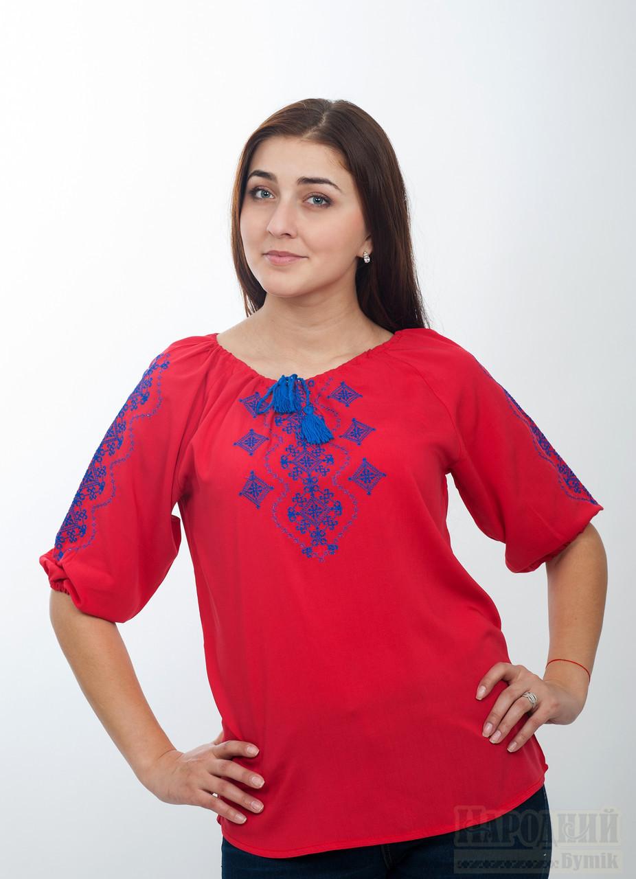 Красная блуза из штапеля с вышивкой