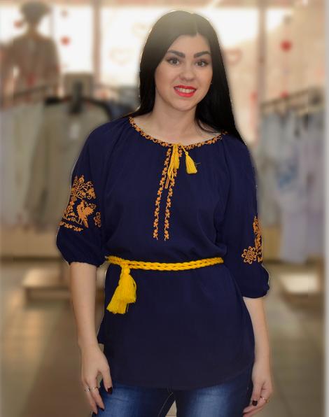 Вышитая блузка из темно - синего штапеля