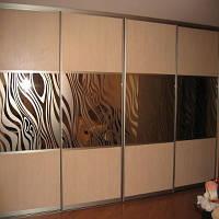 Услуги матировка (пескоструй) стеклянных и зеркальных поверхностей