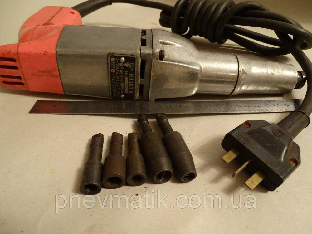 Электрический ручной шуруповерт ИЭ 3601Б