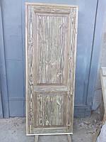 Двери сосновые состаренные