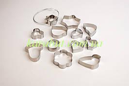 Формы для печенья из 12-ти штук на кольце ( 3,7см-8,5см ) малые