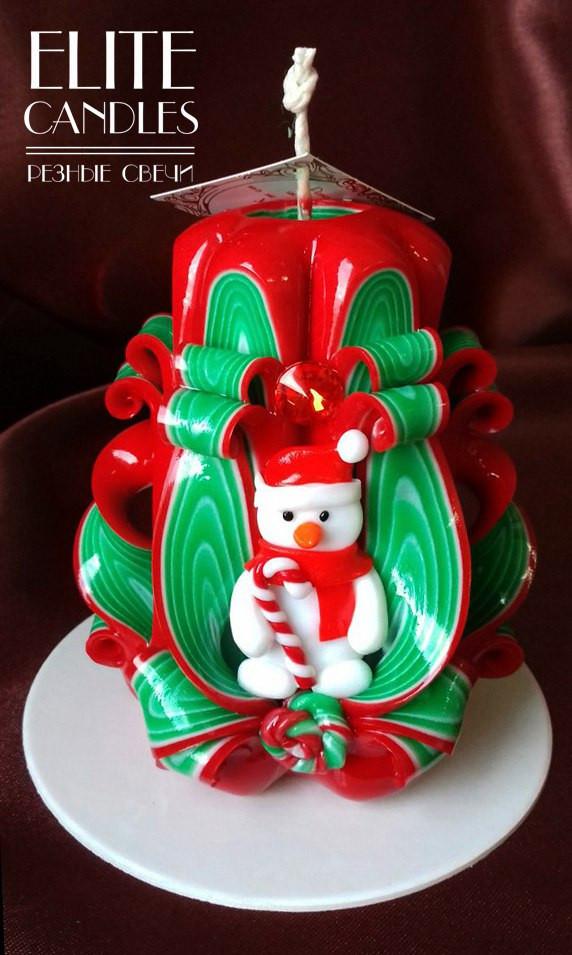 Свеча новогодняя, ручная работа, красиво украшена снеговиком ручной работы