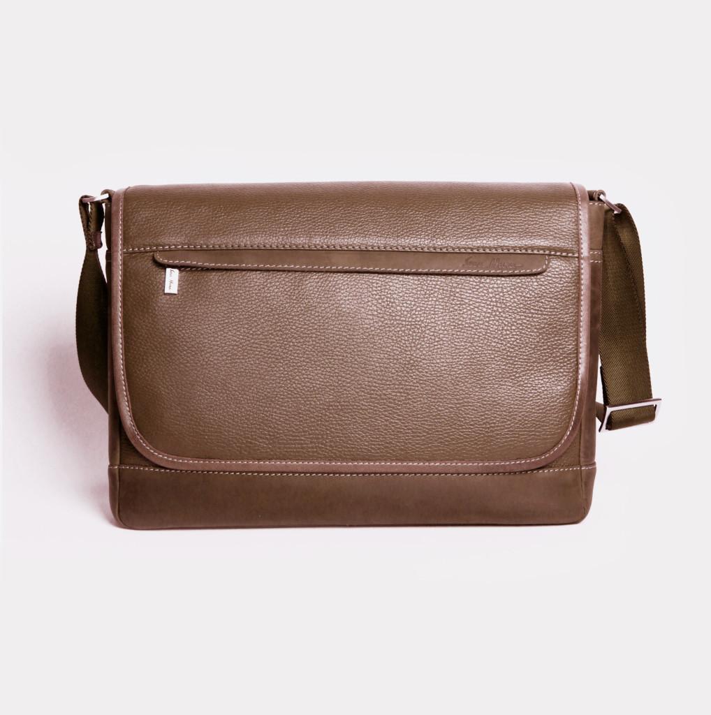 Кожаная мужская сумка Issa Hara B5 коричневая