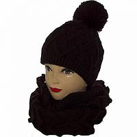 Шапка и шарф комплект женский черного цвета