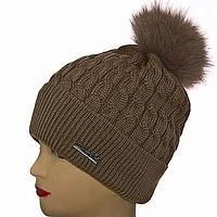 Модная шапка молодежная женская с помпоном