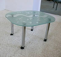 Столик на колесиках арт.019