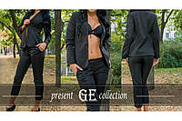 Женский брючный деловой костюм, пиджак и укороченые брюки