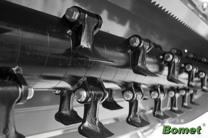 Мульчирователь Bomet 2 м. (молотки, без кардана, без гидравлики)